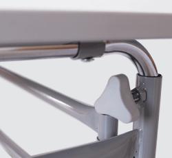 regulagem de altura e inclinação mesa escolar acessível pcd